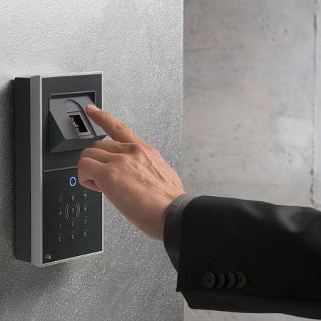 fingerprint-sensor-access-with-fingerprint